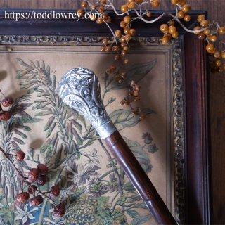 銀のロココを掲げたヤマウズラの杖 / Antique Walking Stick with Rococo Style Starling Silver Grip