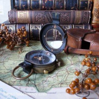 タルボット・クローニー氏の道しるべ / Antique Verners Pattern VIII Prismatic Compass 1918