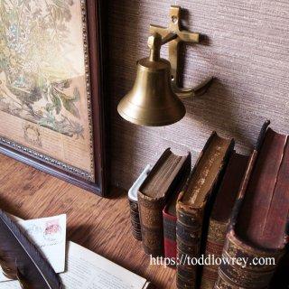人生の荒波を乗り越えよう / Antique Door Bell with Anchor