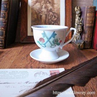 キュウリは自然の望遠鏡 / Hendricks Gin Cup & Saucer