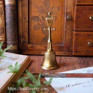 暗闇からの解放 / Vintage Street Lamp Table Bell