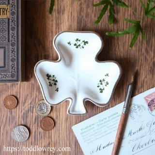 アイルランドの可憐な小皿 / Vintage Shamrock Pin Dish