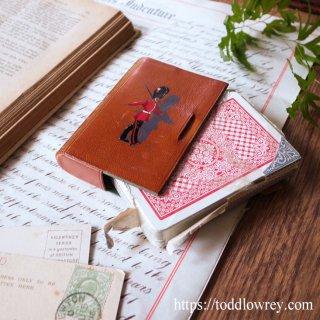 罰金覚悟で開けましょう / Vintage Thomas De La Rue Sealed Playing Card Deck in Leather Case