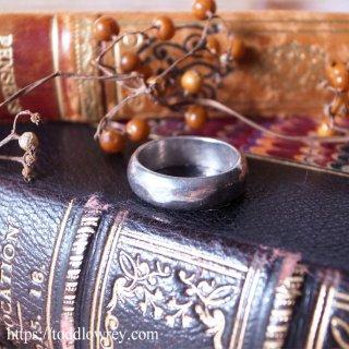 人の手のぬくもりが伝わる銀の輪 / Vintage Sterling Silver Ring
