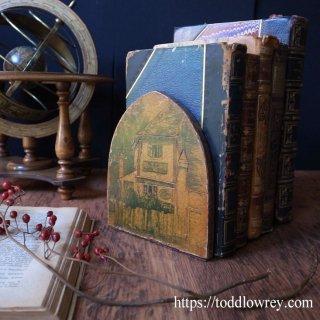 英国で最も古いパブ、そして本 / Antique Book Ends