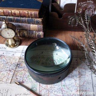 英国エドワーディアンの幻灯機から / Antique Magic Lantern Brass Mounted Condensing Lens