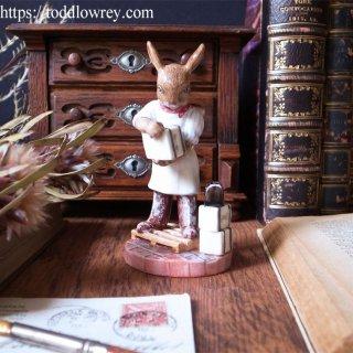 誇り高い職人ウサギ / Vintage Royal Doulton