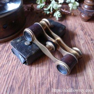 胸ポケットに忍ばせて / Antique Brass & Leather Opera Glasses
