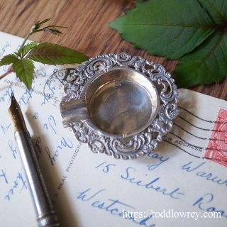 紫煙の彼方に / Antique 900 Silver Ash Tray Miniature