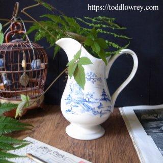 東洋に憧れた西洋の水差し / Vintage Willow Pattern Jug by ROYAL WINTON