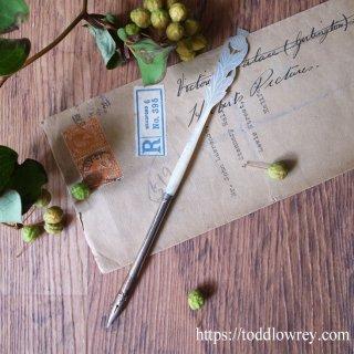 ブルターニュ、イングランド、そしてウェールズ / Antique Thistle Motif Mother of Pearl Dip Pen with Hughes Dragon Nib