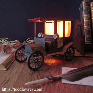 20世紀初頭のイタリアの夜を想う / Vintage Old Car Lamp