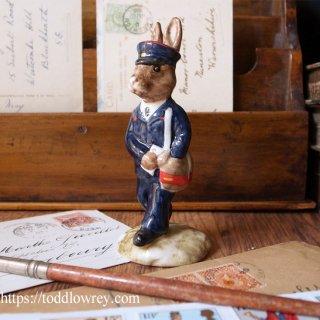 ウサギの郵便屋さん / Vintage Royal Doulton
