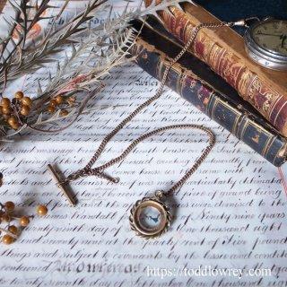 懐中に在る時計とコンパス/ Antique Rolled Gold Double Albert Watch Chain with Drop & Compass