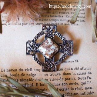太陽をもつ十字架 / Vintage Celtic Cross Brooch