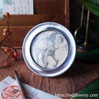 シルバーのフレームに丸くおさまる / Antique Silver Round Picture Frame 1921