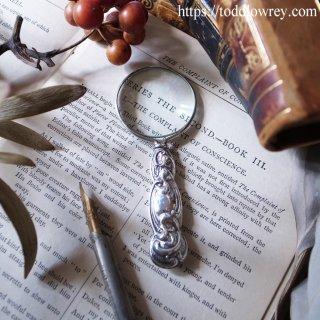 手のひらで輝く銀のアールヌーヴォー/ Antique Art Nouveau Silver Handle Magnifying Glass 1909