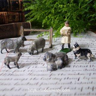 子羊と共に寝てヒバリと共に起きよう / Antique Lead Toy Shepherd and Dog set of 7