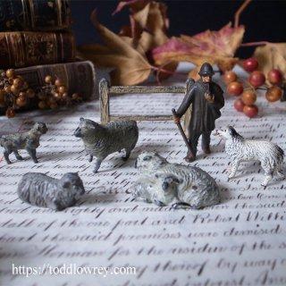 夕焼けは羊飼いの喜び / Antique Lead Toy Shepherd and Dog Set of 7