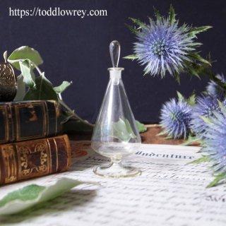 良い香りを透明な形にして / Antique 19th Century Glass Scent Bottle