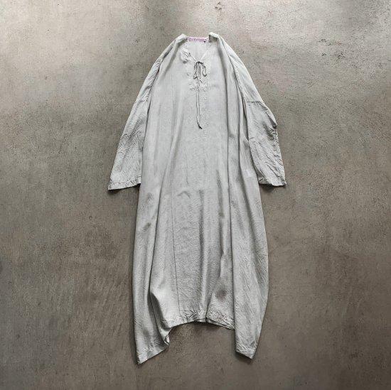 TOWAVASE  Sarasa dress ivory(2021AW)