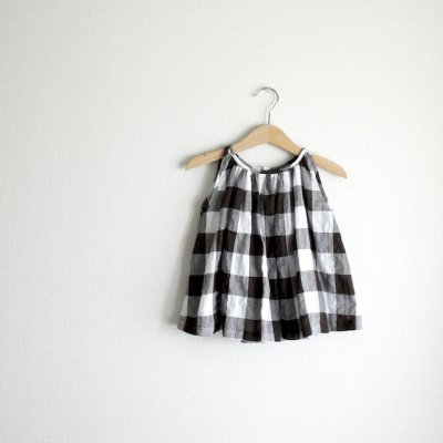 Block check sleeveless gather blouse