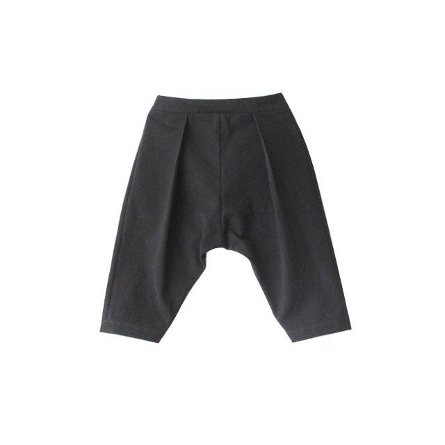 Wide tuck pants
