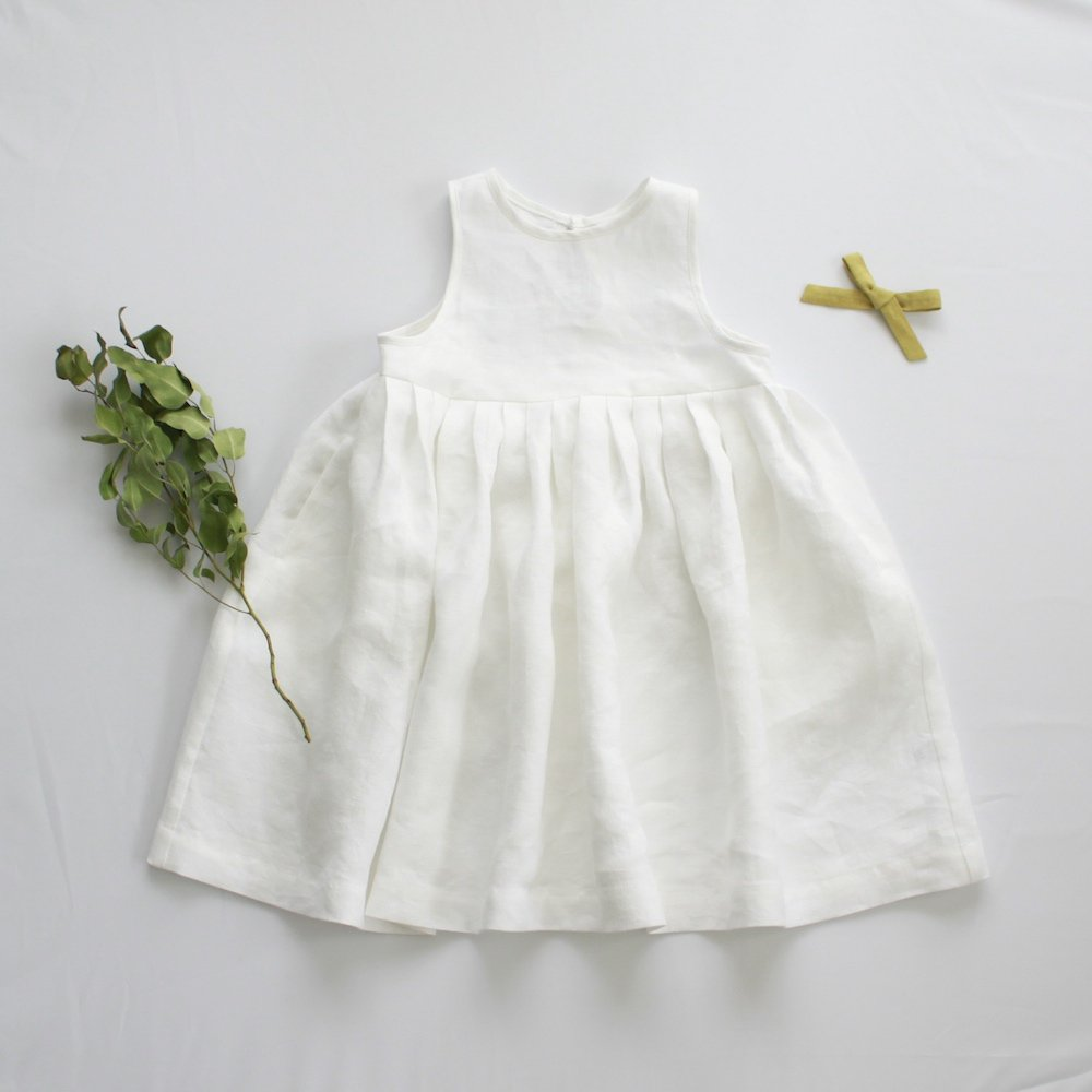 Linen tuck dress (white)