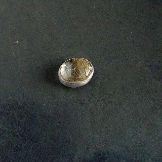 インド ジャイプールの帯留め      ゴールドリチルクォーツ