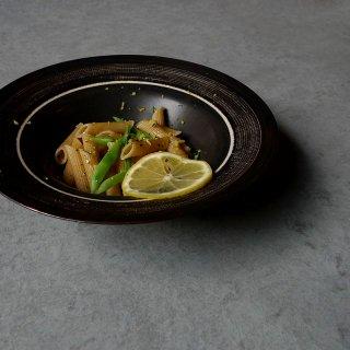 小関康子 「線刻格子紋リム鉢」14