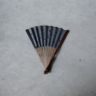 森田千晶 絹と和紙の扇子 6寸 ヤモリ