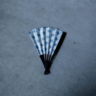 森田千晶 紙扇子 黒竹 6寸 麻の葉