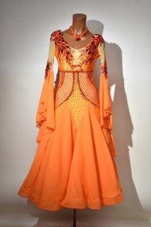 スタンダードドレス MG オレンジ・レッド Mサイズ 163271620