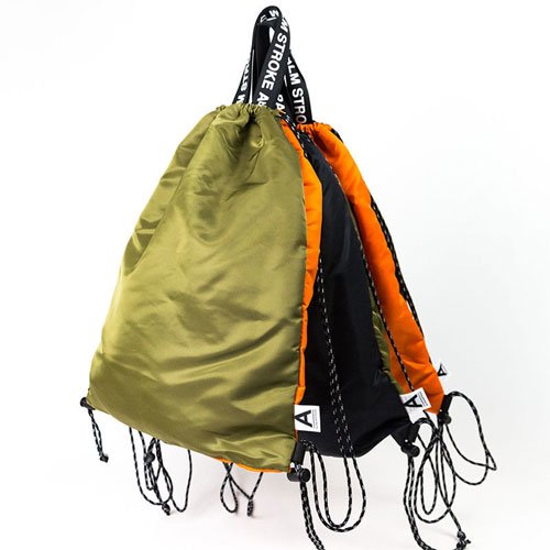 Aby PALM STROKE KNAP SACK<img class='new_mark_img2' src='https://img.shop-pro.jp/img/new/icons14.gif' style='border:none;display:inline;margin:0px;padding:0px;width:auto;' />