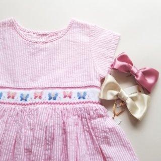 イタリアmalviマルヴィ♪さらさらサッカー生地♪バタフライ柄フレンチ半袖スモッキングワンピース♪ピンク