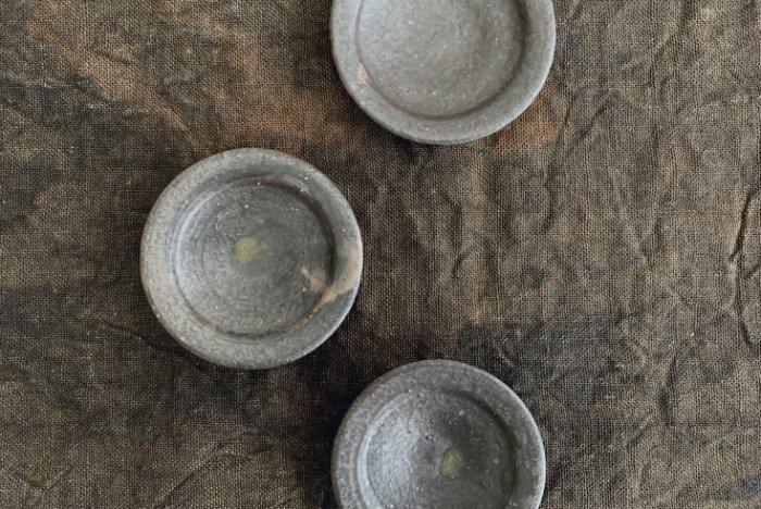 豆皿/灰釉 遠藤素子