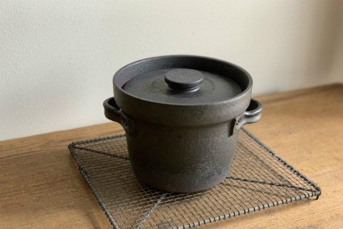 炊飯土鍋2合用/黒錆  石渡磨美