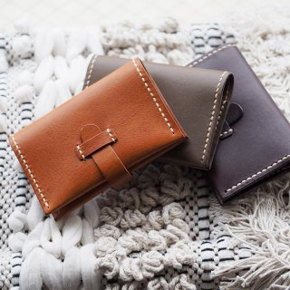<img class='new_mark_img1' src='https://img.shop-pro.jp/img/new/icons6.gif' style='border:none;display:inline;margin:0px;padding:0px;width:auto;' />tomeri Leather belt card case