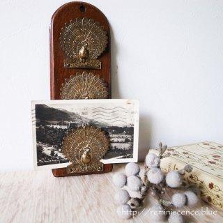 女神ユノの使いが見守るアンティークの佳品/Victorian Peacock Letter Rack