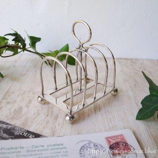 小さく可憐な実用品 / Vintage Toast Rack