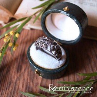 透けた葉が控えめにきらめく /Vintage Sterling Silver Marcasite Ring