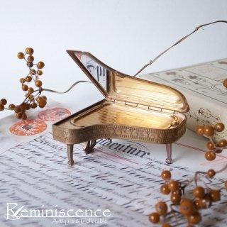 掌上のソナタ / Vintage Piano Shape Powder Compact