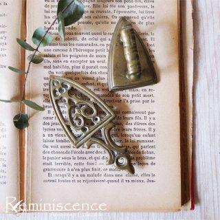 大人の一人遊び / Vintage Miniature Brass Iron with Stand