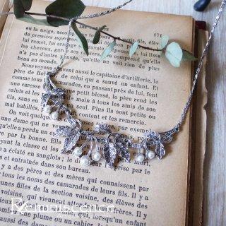 初夏の青空とさくらんぼ / Vintage Marcasite Cherry Necklace