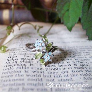 虹色に輝く小花を指に咲かせて / Vintage Sterling Silver Flower Ring
