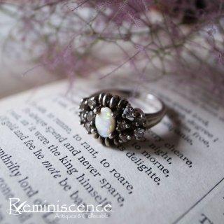 希望の石 / Vintage Sterling Silver Opeal Ring
