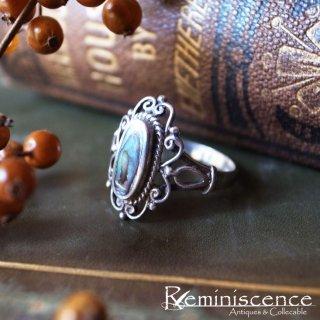 黒い虹色に見惚れる / Vintage Sterling Silver & Black Mother of Pearl Ring