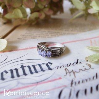 ラベンダーの彩り纏う銀の指輪/ Vintage Sterling Silver & Purple Glass Ring