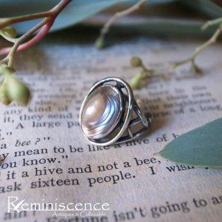 大自然の贈り物を小指に乗せて / Vintage Avaron Shell & Sterling Silver Ring