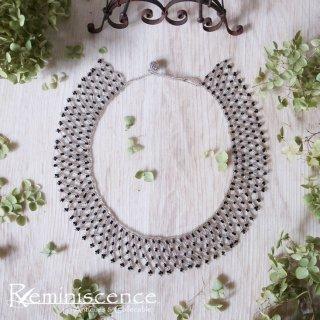 硝子のレースを首元に / Vintage Black & Clear Glass Beads Necklace